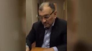 Murat Ülker Ak Gıda'nın satışını Periscope'tan yayınladı