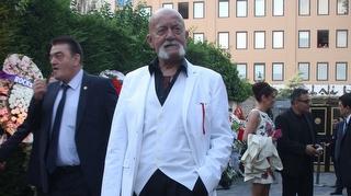 Ünlü oyuncu Sümer Tilmaç hayatını kaybetti